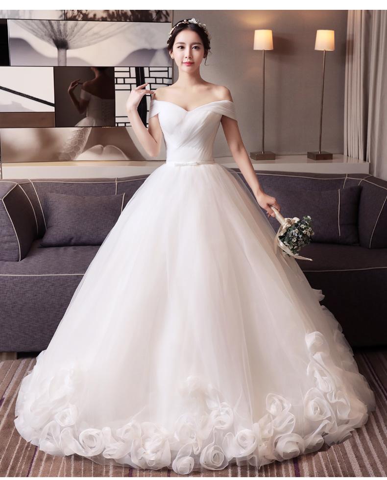Mẹo chọn váy cưới cho cô dâu dáng quả táo Kexbn_xvg1496401219